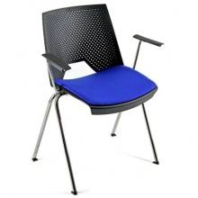 Sedia visitatore a 4 gambe Unisit Strike SKBR schienale a rete nero - PPL blu - con braccioli - SKBR/BL