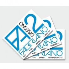 Album da disegno Fabriano F2 a punti metallici 110 g/m² 20 24x33 cm ff. lisci riquadrati - 04204210